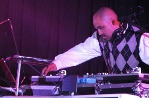 DJ Natty Heavy at Pecha Kucha 4