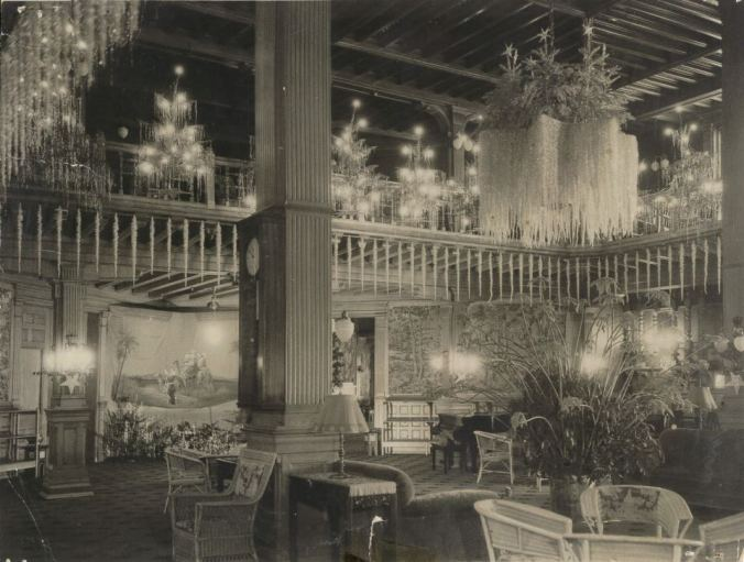 Hotel del Coronado, 1925.