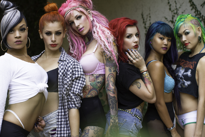 Suicide Girls. Blackheart Burlesque troupe.
